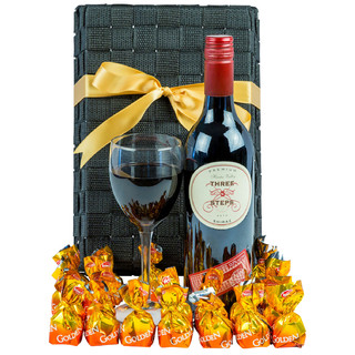 Red Addiction - Wine Hamper