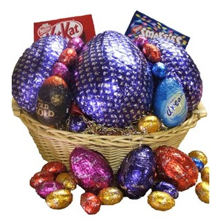 Christmas overload christmas hamper online hampers ultimate easter easter hamper negle Image collections
