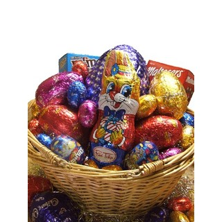 Easter hampers easter gift baskets delivered australia wide chocoholic easter hamper negle Choice Image